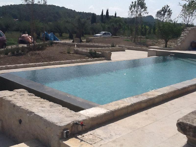Construction d 39 une maison cogolin 83 avec piscine 2ica for Piscine 83